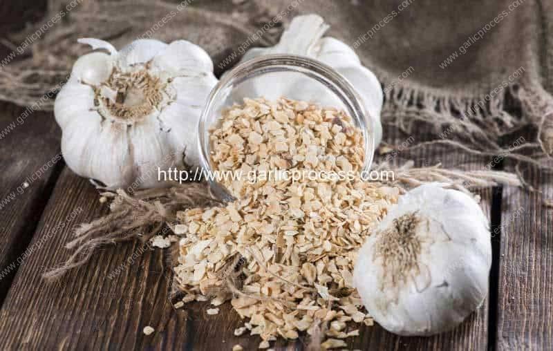 Difference Between Garlic Powder & Granulated Garlic