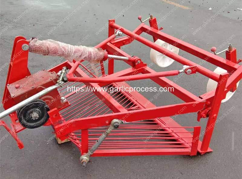 Front-Mount-Automatic-Garlic-Harvester-Machine