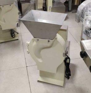 Large-Inlet-Garlic-Slicing-Machine-for-Russia-Customer