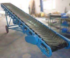 Truck Loading Mobile Rubber Belt Conveyor for Garlic Package