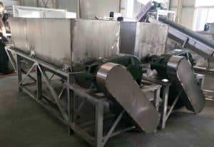 Automatic-Water-Type-Garlic-Peeling-Machine-for-Sale
