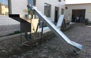 Automatic-Garlic-Clove-Breaking-Machine-for-Poland